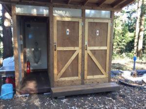 ダブルクロスのトイレ